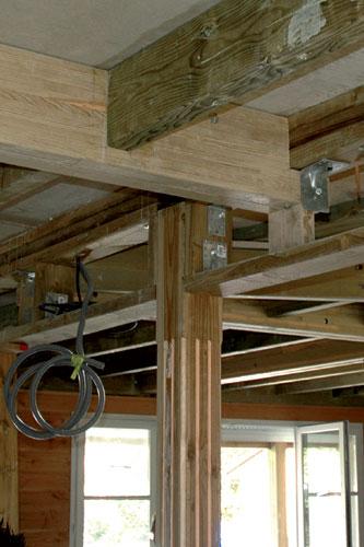 Pour renforcer une structure en bois, une solution simple consiste à  ~ Recouvrir Une Poutre En Bois