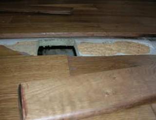 Le parquet massif et son support se soul vent sinistre la loupe - Parquet colle sur plancher bois ...