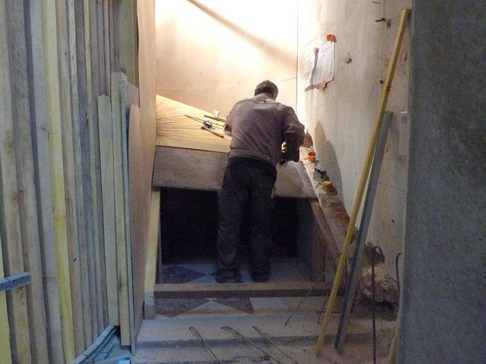 rue saint sabin 4 un crin de bois pour l escalier b ton. Black Bedroom Furniture Sets. Home Design Ideas