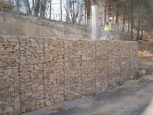 Murs de sout nement solutions v g tales et naturelles - Mur soutenement gabion ...