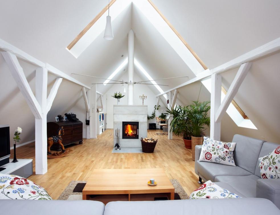 maisons france confort profite du dynamisme de l 39 activit. Black Bedroom Furniture Sets. Home Design Ideas