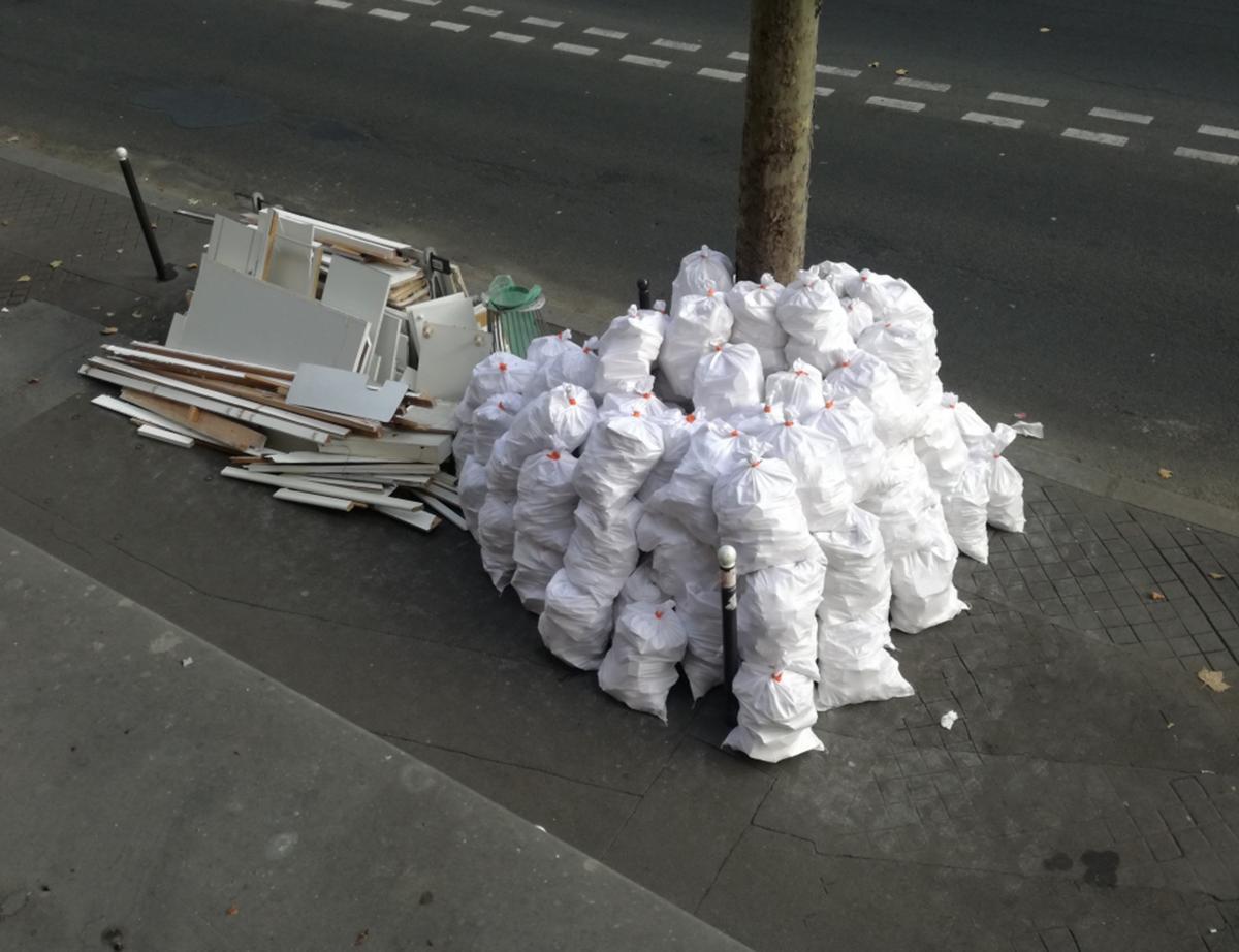 Comment Enlever Colle Carrelage Sur Dalle comment enlever les déchets des travaux en rénovation urbaine ?