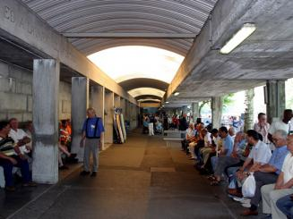 Lourdes nouvelles piscines pour les ablutions des pelerins for Piscine lourdes