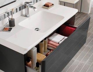 Salle de bains : les éléments gain de place Solutions Equipements