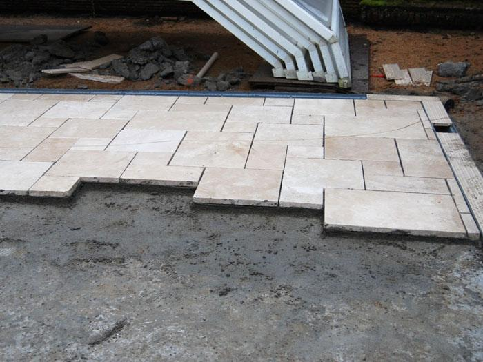 Quels rev tements pour am nager une terrasse solutions for Poser carrelage terrasse dalle beton