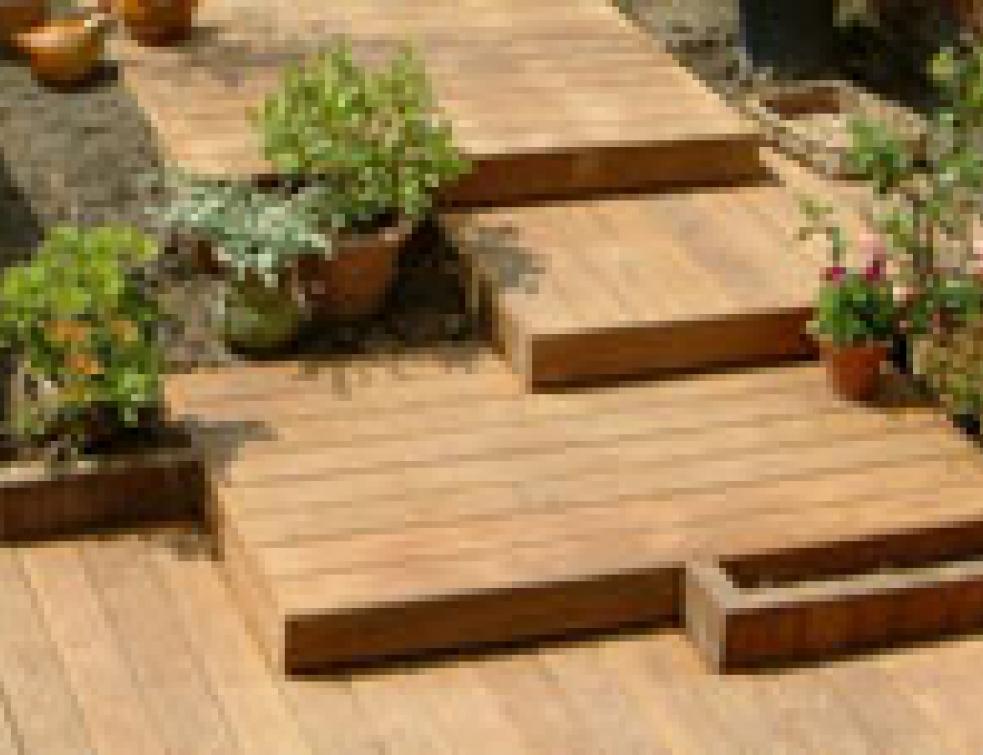 Terrasse Bois Une Construction Tout Terrain Solutions Construction