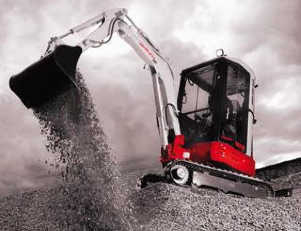 Pelles hydrauliques   mini mais elles font le maximum... Machines idéales pour  toutes ... f6008d45de49