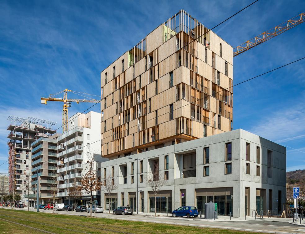 Le logement social participatif touche du bois