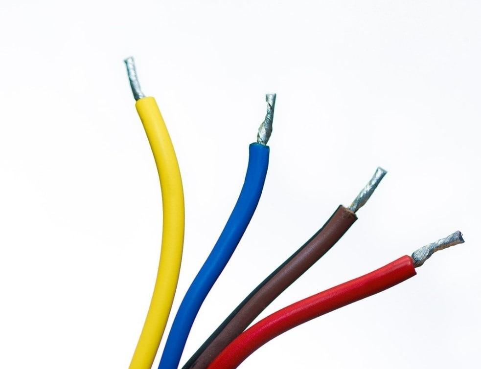 Focus Sur L Installation Electrique En Apparent